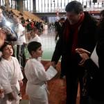 Il Maestro Carlesi premia i giovani atleti